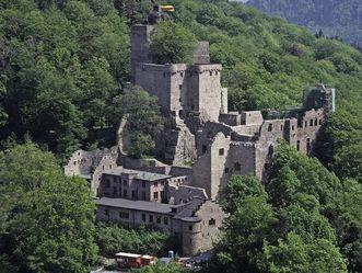 Burganlage vom Alten Schloss Hohenbaden von Südwesten